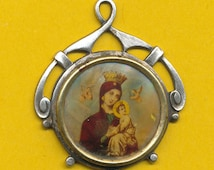 Antique  Silvered metal and Image Art Deco Religious Medal Our Lady of Perpetual Help (ref 0548)