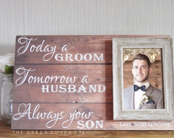 Gift For Grooms Parents - Thank You Wedding Gift - Parents Of The Groom Gift - Wedding Frame For Parents - Custom Wedding Gift