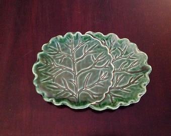 Green vine pottery tray