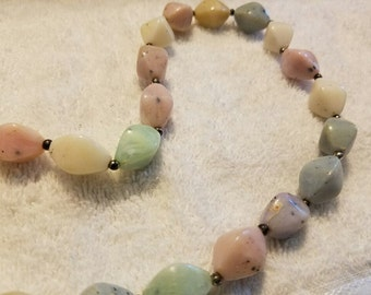 Vintage Pastel Colored Beaded Necklace