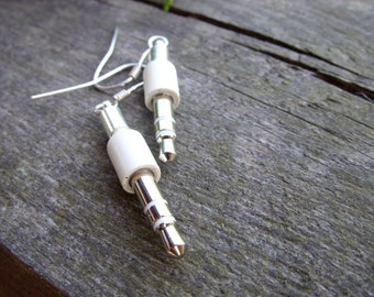 iPod mini jack earrings apple geek jewelry mac white grey upcycled recycled geekery for her geeky girl apple jewelry