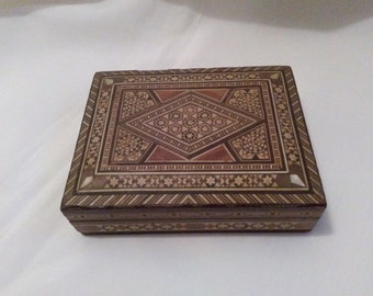 Trinket box mother of pearl Syrian box jewelry box