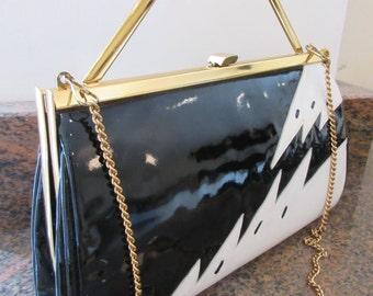 AMAZING Vintage Black & White Patent Leather 1970's Handbag - Totally Unique!!