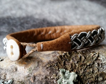 Tenntrådsarmband, Leather bracelet, Sami craft, Swedish craft