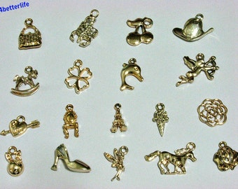 Lot of 18pcs Gold Color Plated Metal Charms. #chc101.