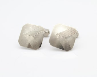 Vintage Swank 1960s Chevron Design Cufflinks in Sterling Silver. [10654]