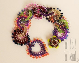 St Petersburg Loops, Heart and Button Bracelet Tutorial