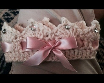 Pretty little baby girl crochet crown