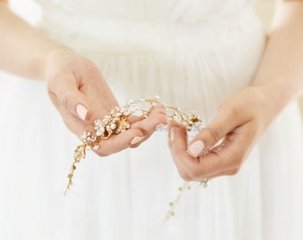 Gorgeous Bridal Hair Vine in Gold, Headband, Hairpiece