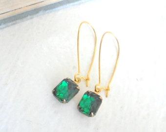 Emerald Green Drops, Rhinestone Dangle Earrings, Vintage Glass Earrings, Old Hollywood