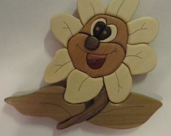 Intarsia happy flower