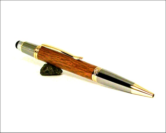 custom wood writing pens Custom hand turned wood pens built in plano, texas built from the best possible components like 52,000 year-old wood from new zealand.