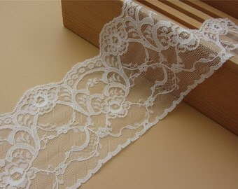 off white wave Lace Trim FLaT 4.3 inch ~ FLoRaL~One yard Beautiful vintage style white lace,Cute  white lace,Accessories,
