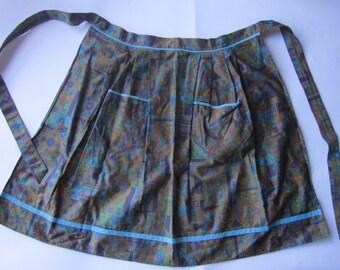 1960s hostess apron