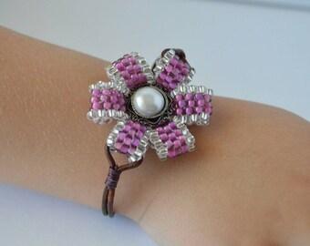 Purple beaded flower bracelet