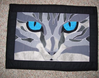 Cat quilt-cat wall quilt-cat face quilt-machine quilted and machine appliqued