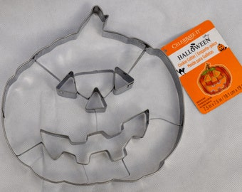 "Jumbo Pumpkin Cookie Cutter Metal 7-3/4"" 19.5cm Halloween Large Jack O Lantern Shape Party Celebrate Snack Bakeware"