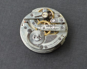 Vintage Pocket Watch Movement - 29mm Size 0 - Silver Tone - Parts - Repair - Steampunk Jewelry Making Supplies