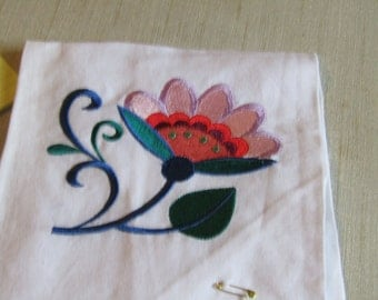 Rosemaling Flower guest towel