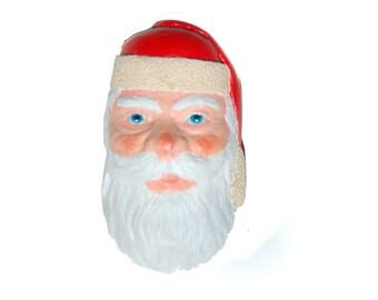 Wood Santa brooch, wood carved Santa, wood carving, Santa brooch, hand carved, Santa pin, wooden brooch, Santa lapel pin, Santa Claus, wood