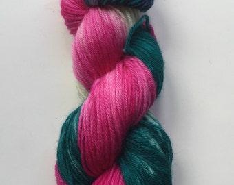 Hand Dyed Yarn | Hand Painted Yarn | 100% superwash merino wool  | worsted weight | 100 gr | Under the Sea