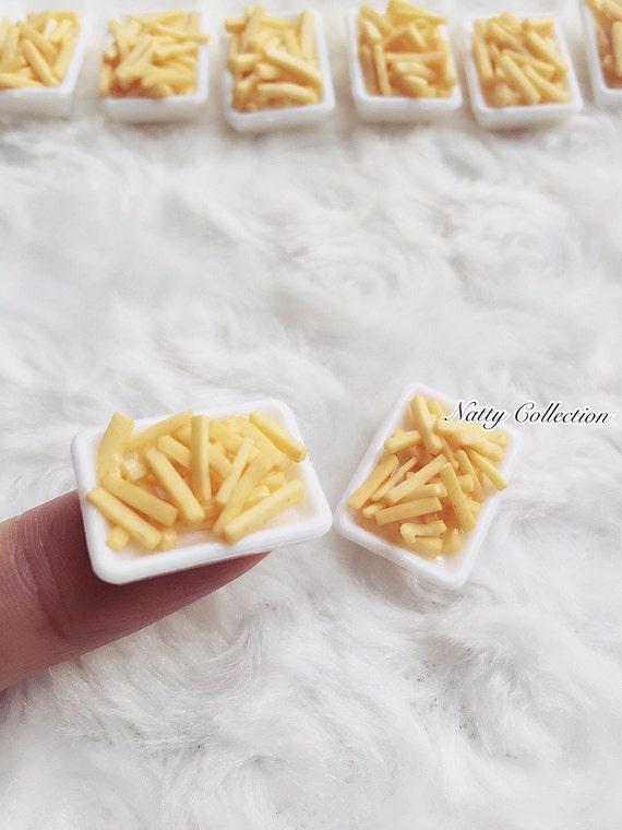 2 Miniature French-fries,Miniature potato chips,Doll house Miniature,Miniature Food,Miniatures,Fried Potatoes,Chips,Miniature Potato Fried