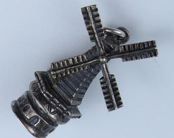 Silver bracelet charm - Windmill 835 silver