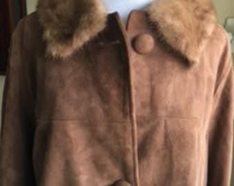 Vintage Brown Suede Coat with Fur Collar