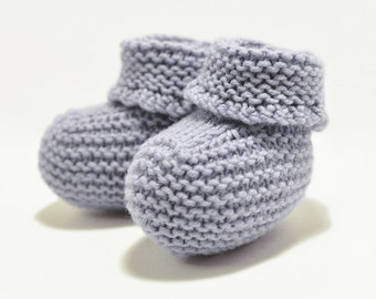 Pastel blue baby booties / Warm baby booties / Knitted baby booties / Booties for a boy / Booties for reborn baby doll