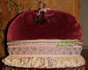 Golden Age Tea Cozy