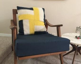 "Northwest Traders wool pillow ""Pendelton style"""