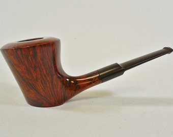 Vintage Knute of Denmark B Freehand Estate Smoking Pipe