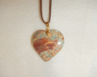 Heart-shaped Blue Snake Skin Jasper pendant necklace (JO269)
