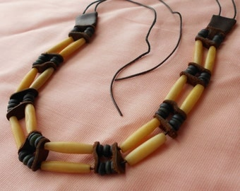 Vintage 1920s Native Bone Hair Pipe Beaded Choker Necklace Leather Powdered Glass Trade Beads