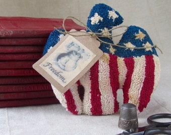 Punch Needle Pattern~Americana Eagle~Bowl Filler - Shelf Sitter - Patriotic folk art - Fourth of July - punchneedle pdf pattern