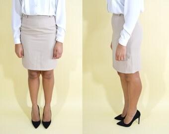 Stone Vintage Knee Length Pencil Skirt . Minimalist . Small/Medium . 1980s