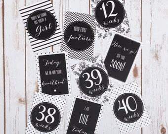 Pregnancy Milestone Cards, Pregnancy Photo Prop, Pregnancy Gift, Baby Shower, Monochrome