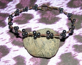 B14 - Beautiful Hematite Beaded Copper Bracelet - Very Petite