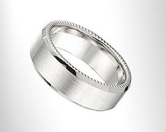14 kt Modern Wedding Band 7 mm