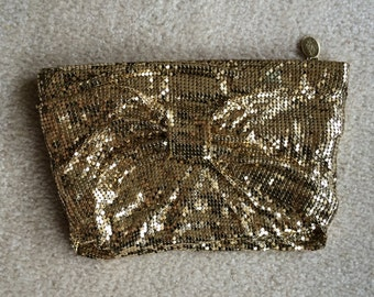 Glamourous Whiting and Davis gold mesh clutch purse
