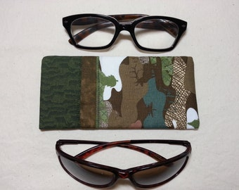 Padded Camo Eyeglasses or Sunglasses Case