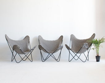 Set of 3 Mid Century Modern Knoll Hardoy Butterfly Chairs