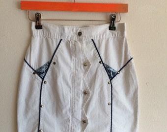 80s white zip down skirt