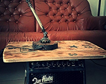 Table low industrial recup guitar amp