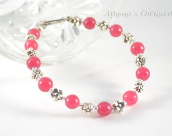 Pink and Flowery Beaded Bracelet