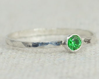 Dainty Emerald Ring, Hammered Silver, Stackable Rings, Mother's Ring, May Birthstone, Skinny Ring, May Birthday Ring