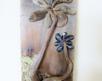 Driftwood Flower Picture -handmade with ocean finds; small driftwood, hat & mussel shells, tree lichen, pebbles, sand. Home or garden decor!