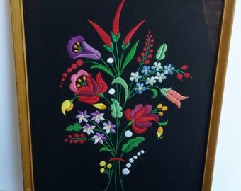 Vintage Framed Embroidered Flower Arrangement