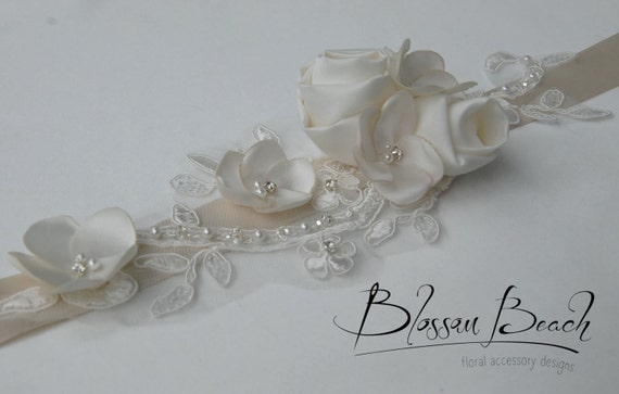 Diamond white/ivory bridal belt/sash;floral and lace wedding dress sash;bridal sash