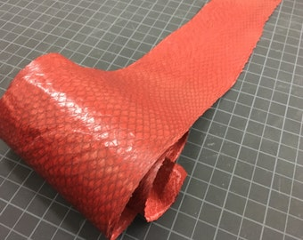 Salmon Leather red